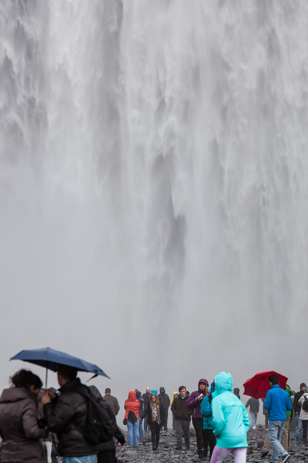 Skogafoss, a truly magnificent sight by any standards, is usually hidden by a mass of tourists. [Click to enlarge!]