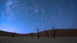 Deadvlei Star Trail.jpg
