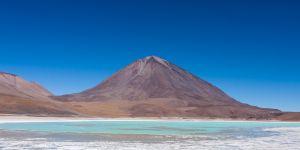 Volcán Licancabur and Laguna Verde, Bolivia.